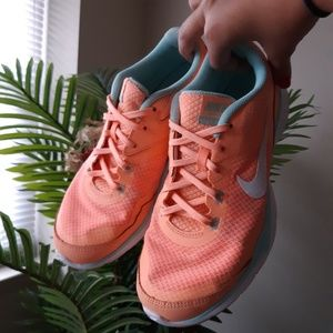 Nike training sneakers shoes